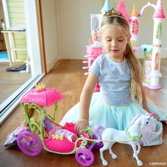 Set de Joaca Mattel Barbie Dreamtopia Papusa si Trasura Sweetville 5