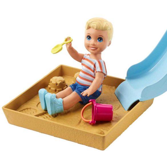 Barbie Babysitters Set de Joaca cu Tobogan 1