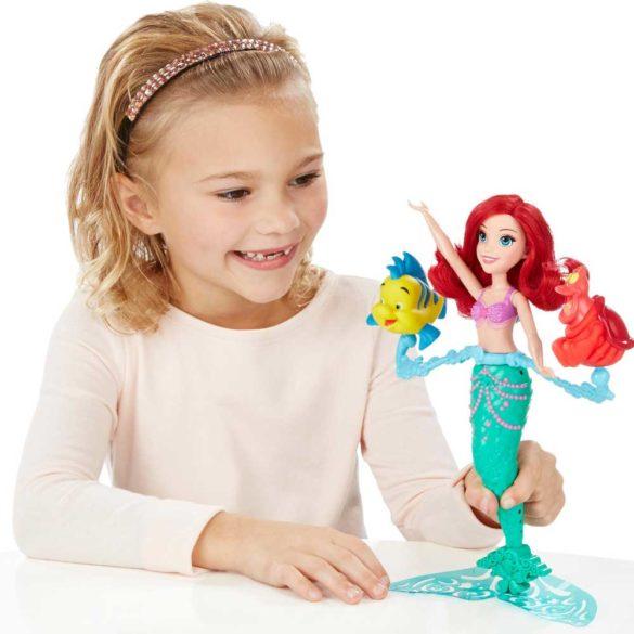 Papusa Ariel Se Invarte Si Inoata Disney Princess Spin Swim 2