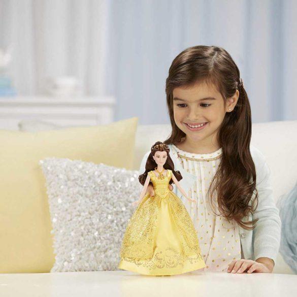 Papusa Belle Cu Melodii Disney Frumoasa si Bestia 2