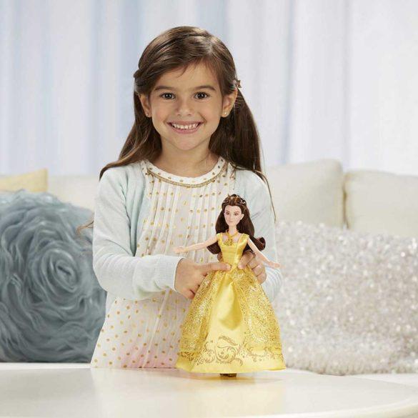 Papusa Belle Cu Melodii Disney Frumoasa si Bestia 4