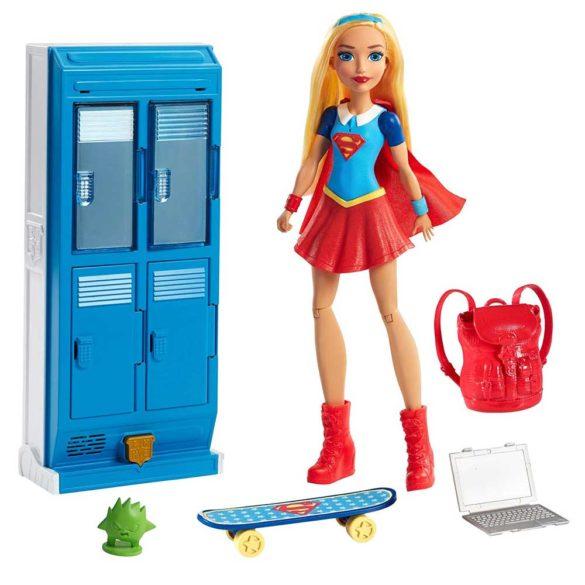 Papusa Supergirl si Mobilierul Vestiar DC Super Hero Girls 1
