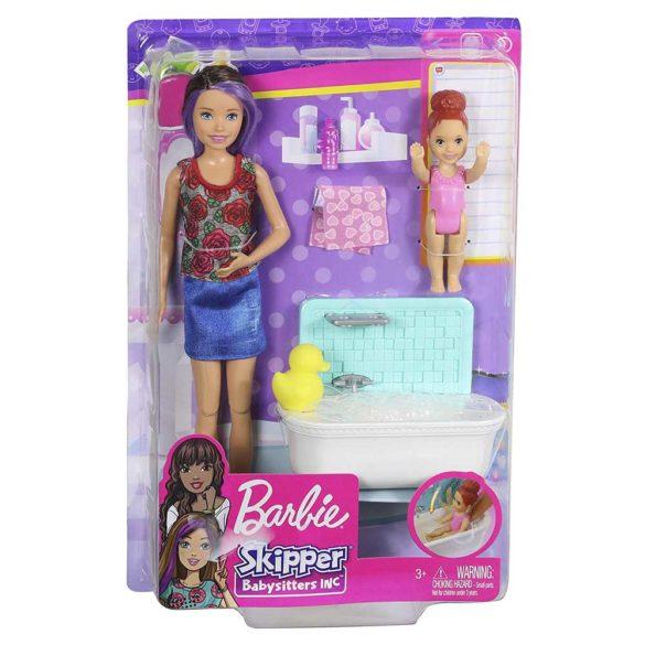 Barbie Skipper Babysitters Papusa si Setul de Joaca la Baie 9