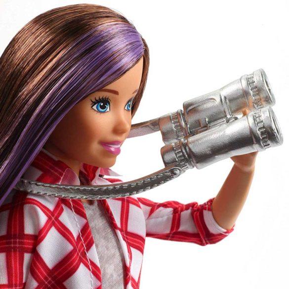 Barbie in Calatorie Papusa Skipper cu 4 Accesorii 3