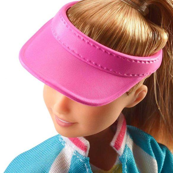 Barbie in Calatorie Papusa Stacie cu 5 Accesorii 4