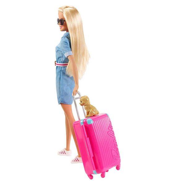 Barbie in Calatorie Papusa cu Accesorii 6