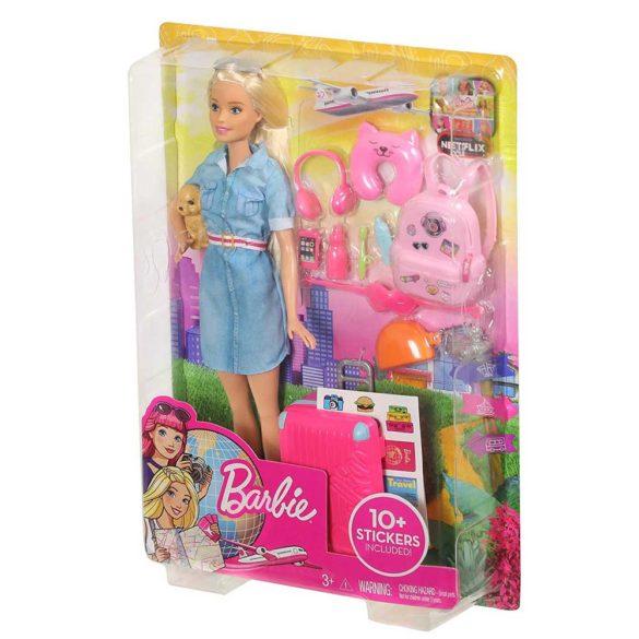 Barbie in Calatorie Papusa cu Accesorii 9