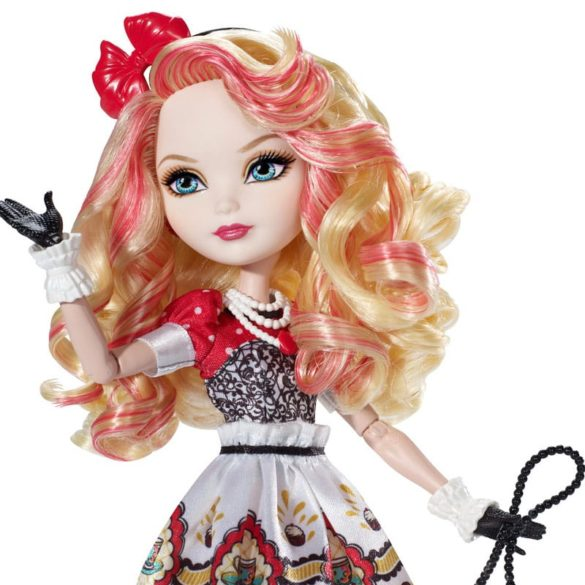 Ever After High Hat Tastic Papusa Apple White 4
