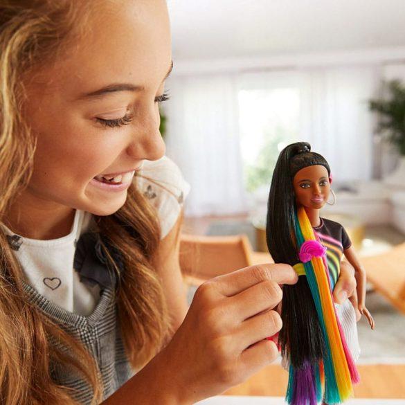 Papusa Barbie cu Par Curcubeu Stralucitor Bruneta 3