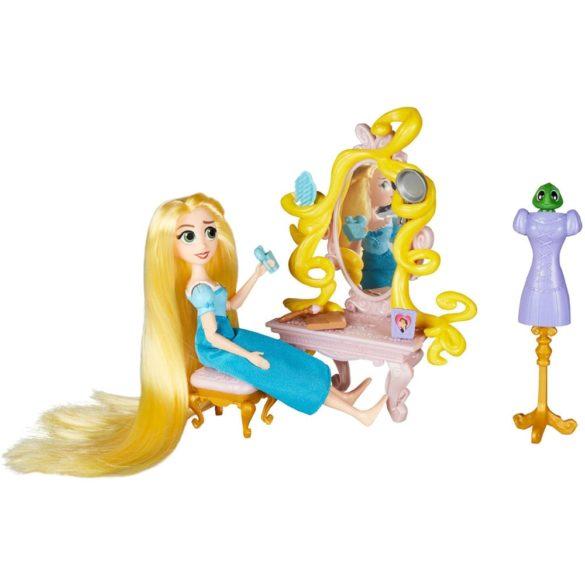 Disney O Poveste Incalcita Papusa Rapunzel si Setul de Aranjat 3