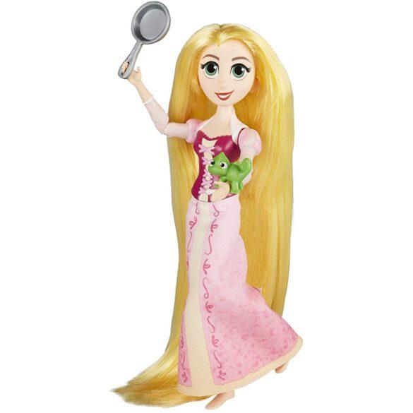 Disney Tangled O Poveste Incalcita Papusa Rapunzel si Pascal 4