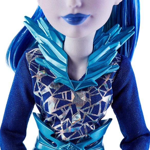Papusa Frost DC Super Hero Girls 5