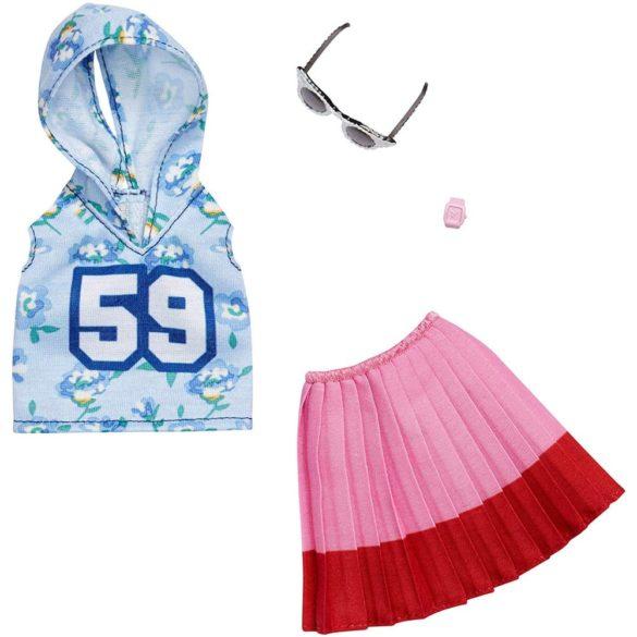 Barbie Tinuta Completa - Fusta Plisata si Hanorac