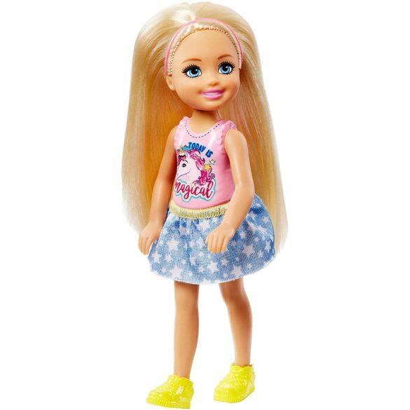 Barbie si Clubul Fluturasilor Papusa Chelsea si Catelusul