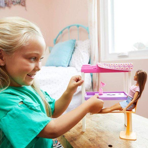 Papusa Barbie si Patul Suspendat 7