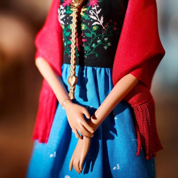 Papusa de Colectie Barbie Inspiring Women Frida Kahlo 3
