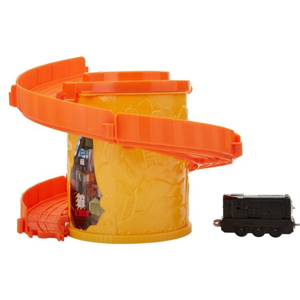 Set de joaca Thomas Locomotiva Diesel si Spirala Tower Tracks 4