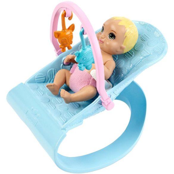 Barbie Babysitters Set de Joaca cu Papusa si Bebelusi 4.