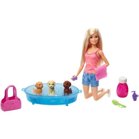 Papusa Barbie ne Jucam si Spalam Catelusii 2