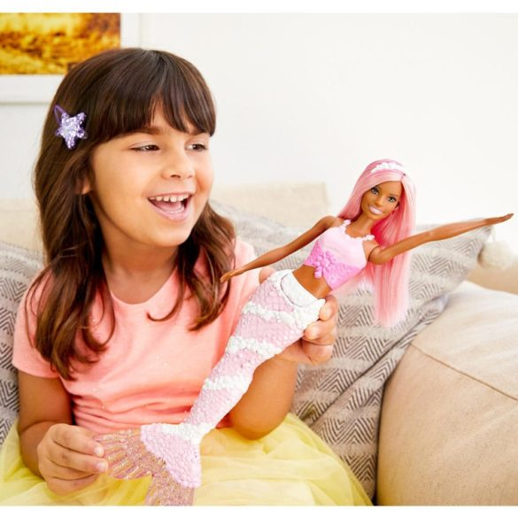 Barbie Dreamtopia Sirena cu Parul Roz 2