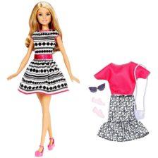 Papusa Mattel Barbie cu diverse tinute blonda