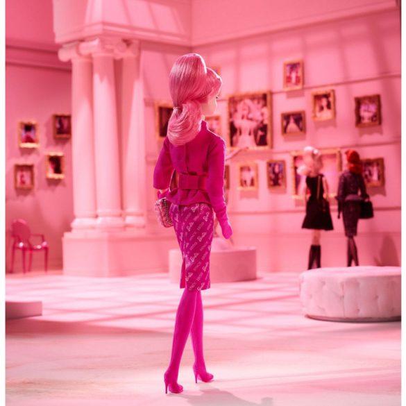 Papusa de Colectie Barbie Proudly Pink 5