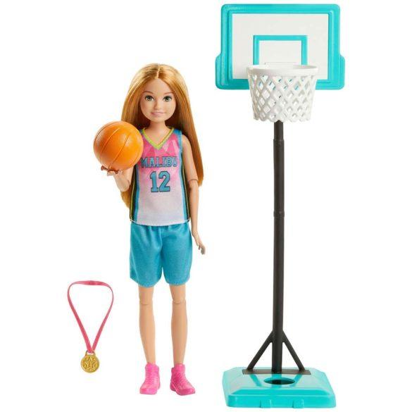 Papusa Barbie Stacie la Campionatul de Basket
