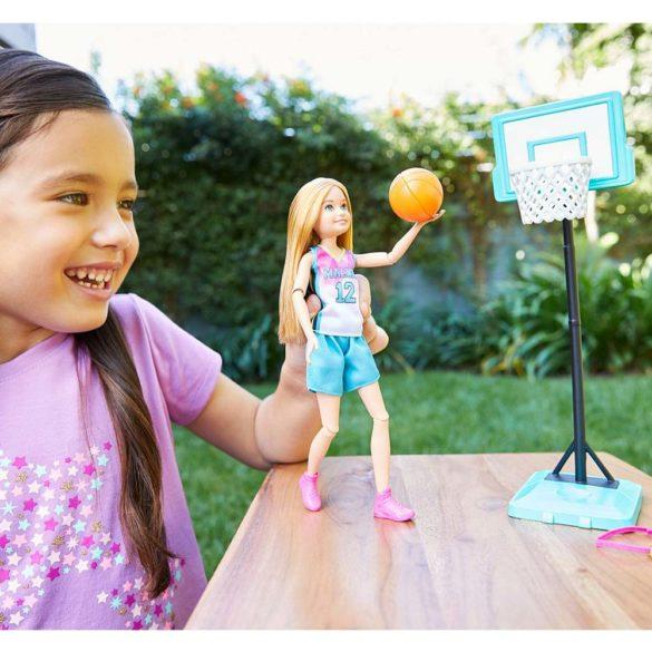 Papusa Barbie Stacie la Campionatul de Basket 2