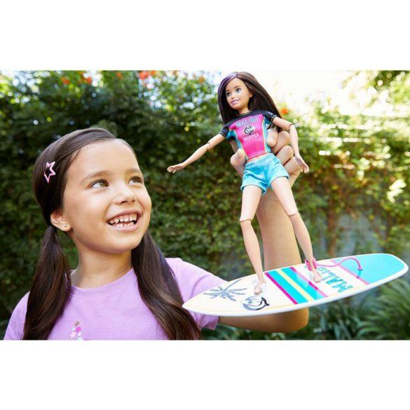 Papusa Skipper cu Tinuta si Accesorii pentru Surf 2