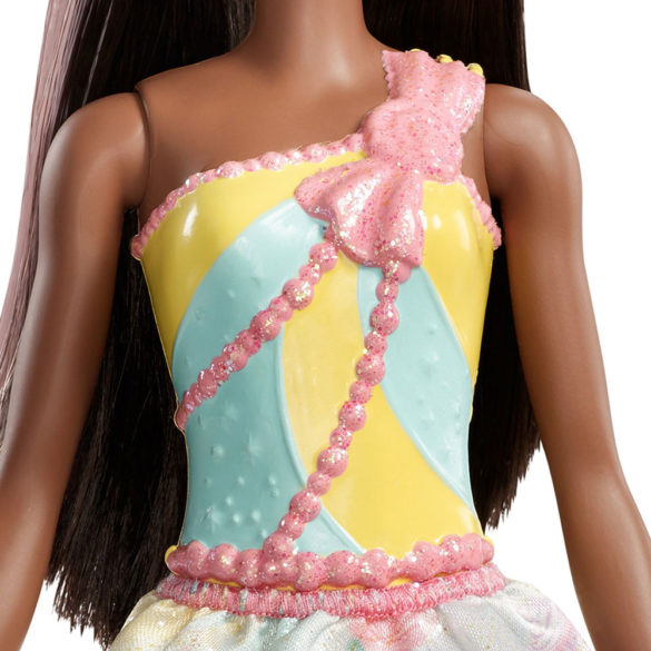 Barbie Dreamtopia Papusa Printesa 4