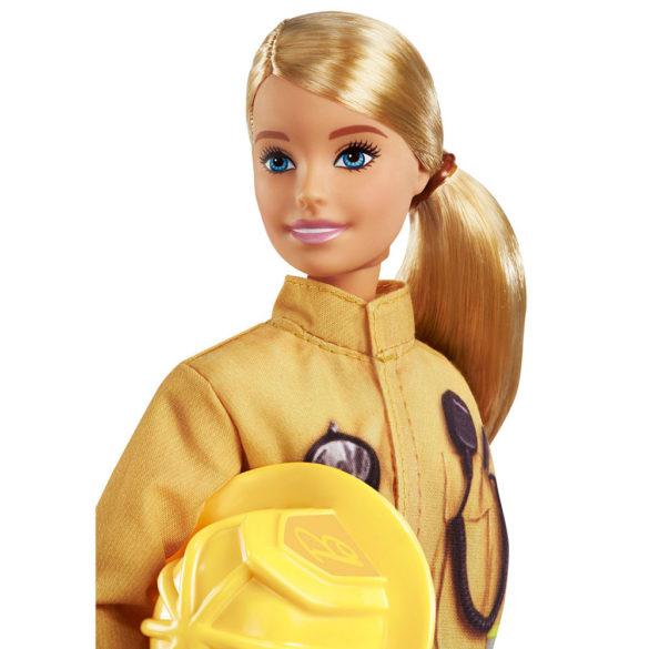 Papusa Barbie Pompier 5