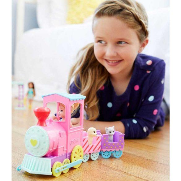 Barbie Club Chelsea Papusa si Trenulet 6