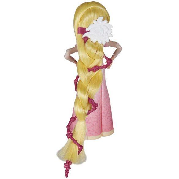 Diney Tangled Papusa Rapunzel si Eugene scena cererii in casatorie 6