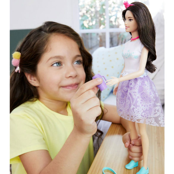 Barbie Aventurile Printeselor Papusa Renee 2