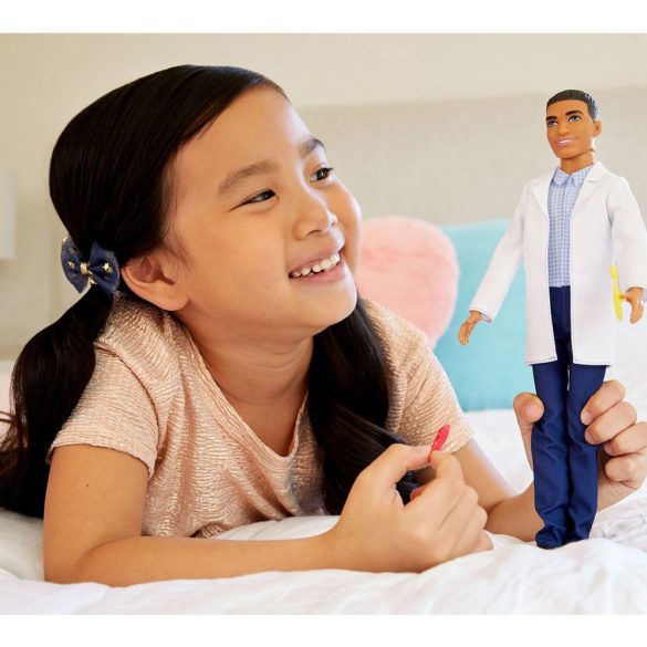 Barbie Papusa Ken Medic Dentist 2