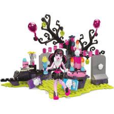 Monster High Mega Bloks Draculaura si Petrecerea Surpriza