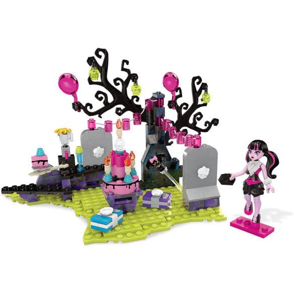 Monster High Mega Bloks Draculaura si Petrecerea Surpriza 2
