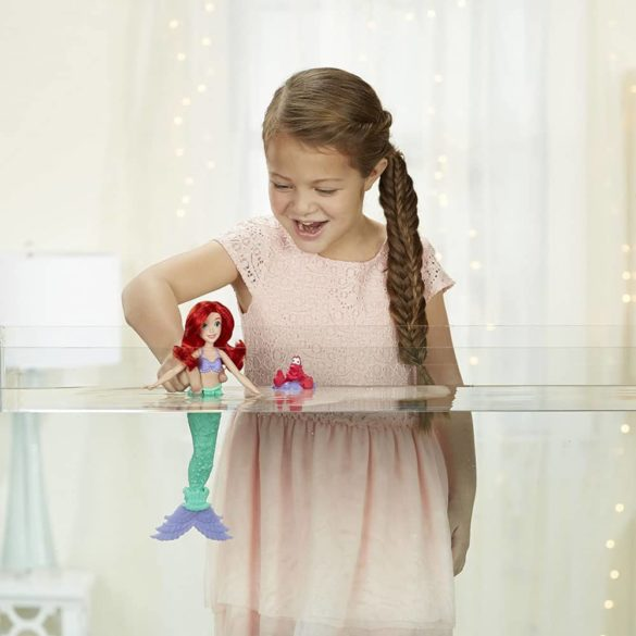 Disney Princess Ariel Cu Aripioara Care Isi Schimba Culoarea 4