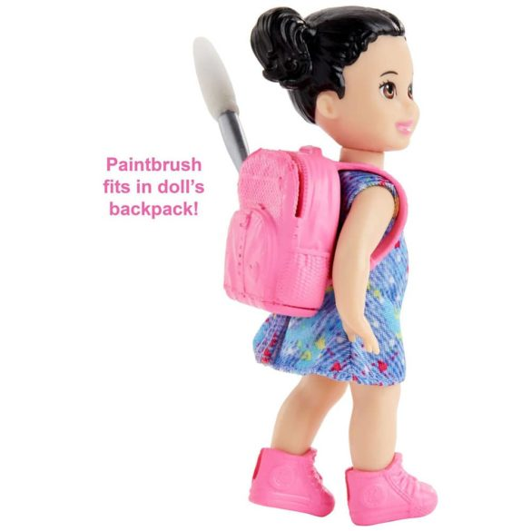 Papusa Barbie Profesoara de Arta Bruneta 4
