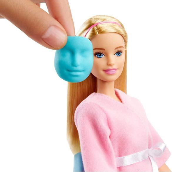 Set de Joaca Barbie o zi la spa cu Masca pentru Fata 4
