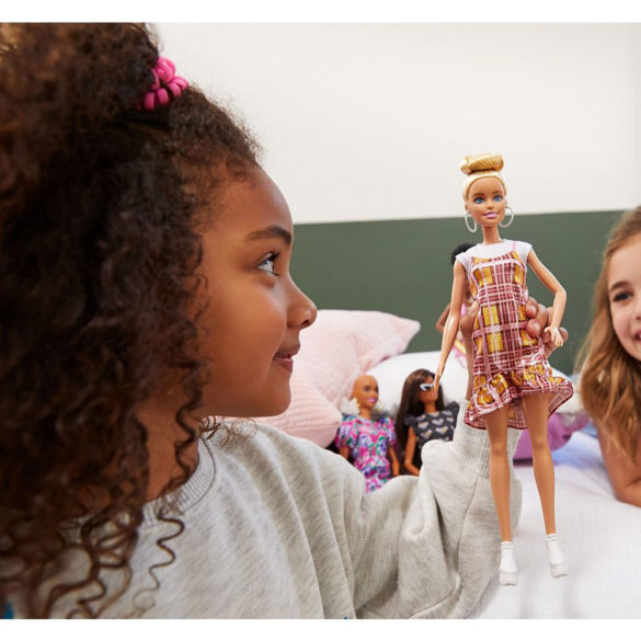 Papusa Barbie Fashionistas Model 142 2