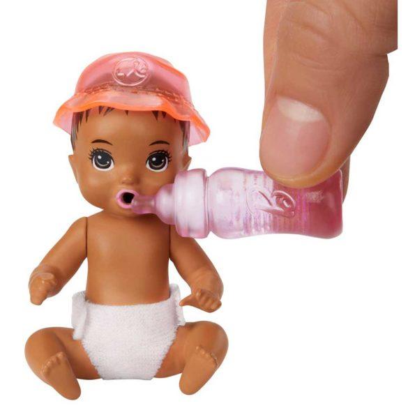 Barbie Babysitters Set de Joaca Hranirea Bebelusului 4