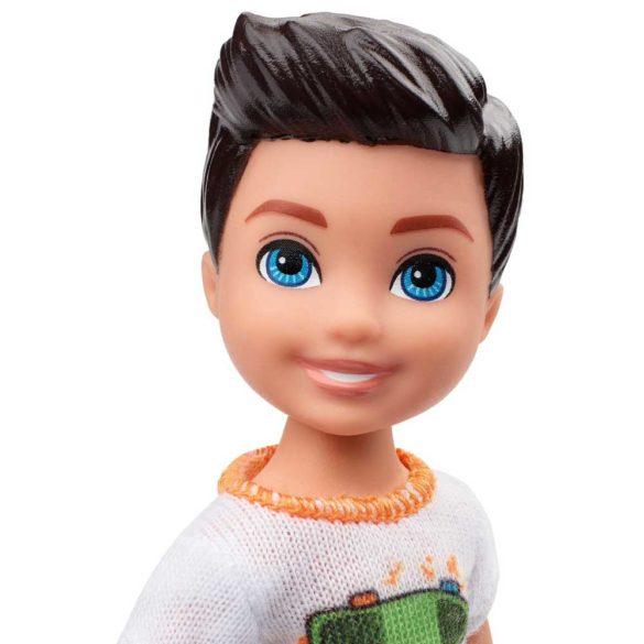 Barbie si Clubul Fluturasilor Papusa Baiat cu Skate 4