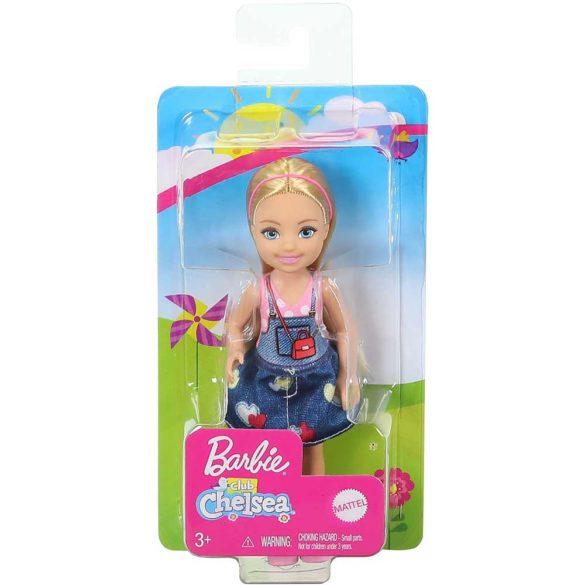 Barbie si Clubul Fluturasilor Papusa cu Fustita Denim 6