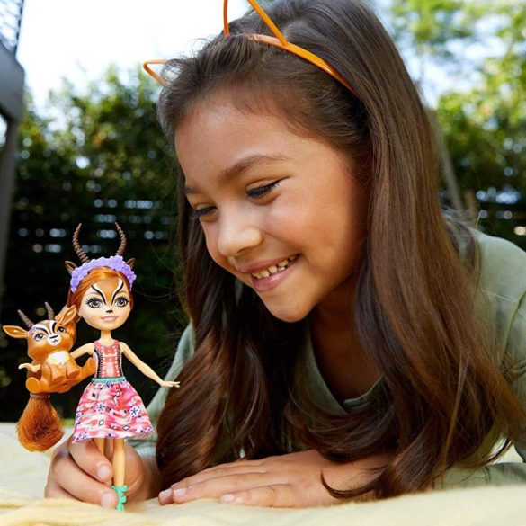 Enchantimals Papusa Gabriela Gazelle si Figurina Racer 2