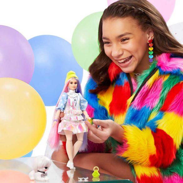 Papusa Barbie Extra cu Hainute Stralucitoare si Catelus 2