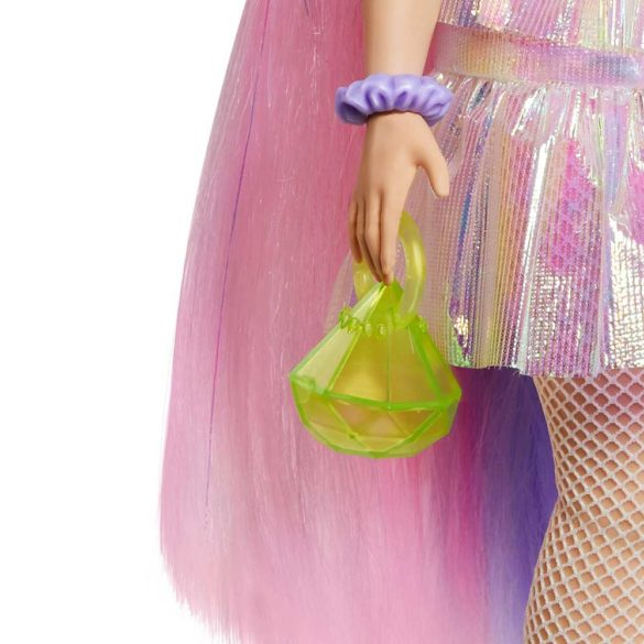 Papusa Barbie Extra cu Hainute Stralucitoare si Catelus 5