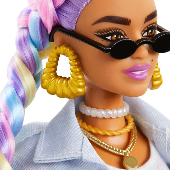 Papusa Barbie Extra 5 cu Jacheta Denim 3