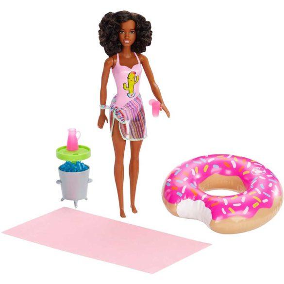 Set de joaca cu Papusa Barbie la Piscina AA