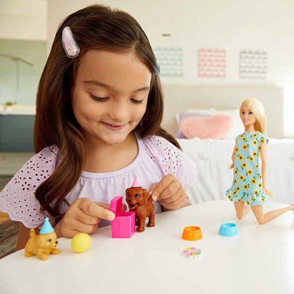 Set de Joaca cu Papusa Barbie Aniversarea Catelusilor 2